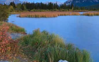 Vermilion Lake and Mount Rundle in Banff national park