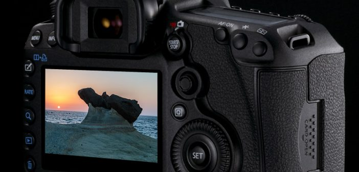 Live View On-DSLR,-Is-It-A-Gimmick
