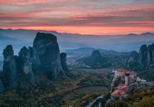 _Grand-view-of-Meteora-at-sunset-0466