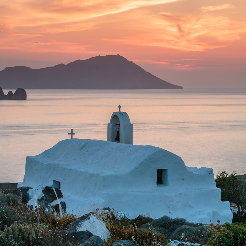 Panagia-Tourliani-Sunset,-Milos-Island,-Greece-2378
