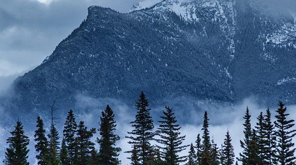 Mount-Rundle,-Alberta,-Canadian-Rockies-7658